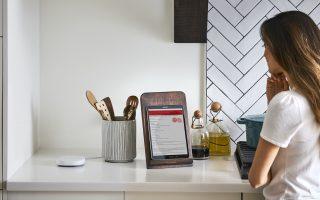 SmartThings Hub - Lifestyle Images