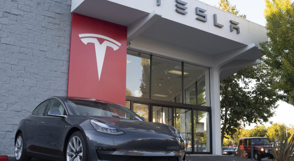 Tesla vehicles are on display at a Tesla store in Palo Alto, California, United States on October 3, 2019. Telsa Inc. shares fell more than 4 percent on Thursday, after a weaker than expected 3rd quarter deliveries. (Photo by Yichuan Cao/NurPhoto via Getty Images)